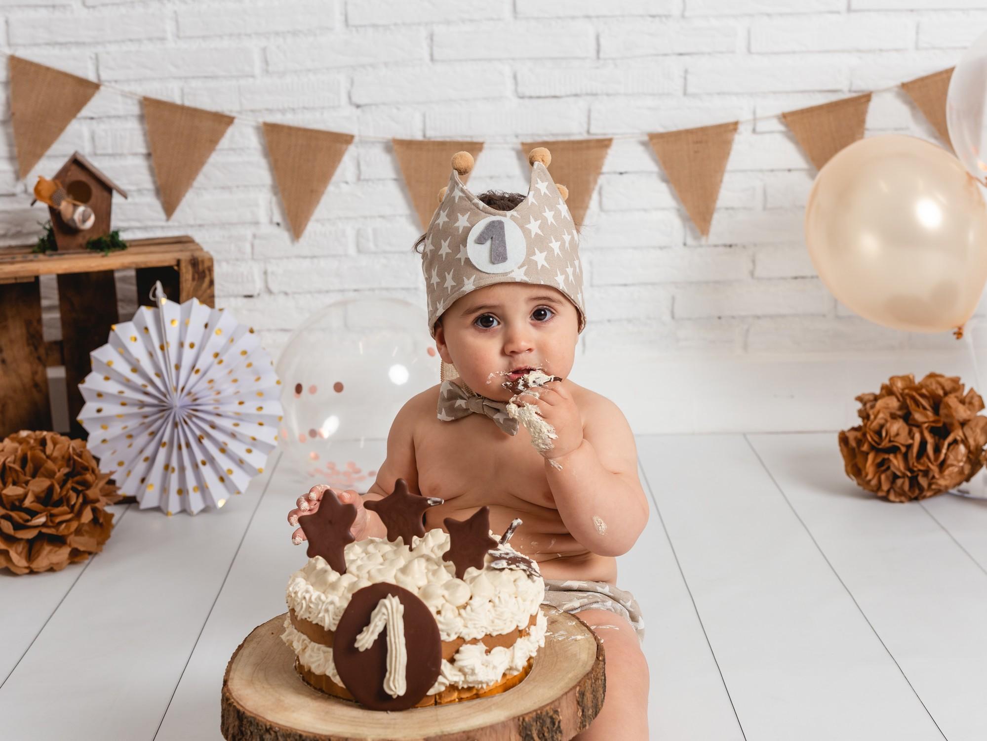 Adrian cake smash-13